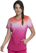 Photograph of Dickies Dickies Prints V-Neck Top in Fading Starlight