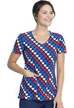 Photograph of Dickies Dickies Prints V-Neck Top in Americana Hearts