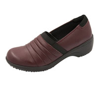 Cherokee Footwear - Step In Burgundy,Black (NADIA-BYBK)