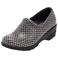 Cherokee SR Fashion Leather Step In Footwear Black/White Weave (PATRICIA-BKWW)