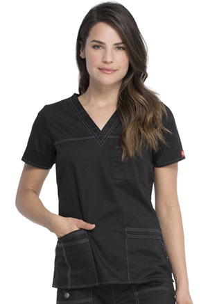 Dickies Gen Flex V-Neck Top in Black (817455-BLKZ)
