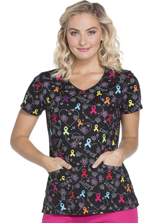Dickies Prints V-Neck Top in Hopeful Hearts (DK700-HOHR)