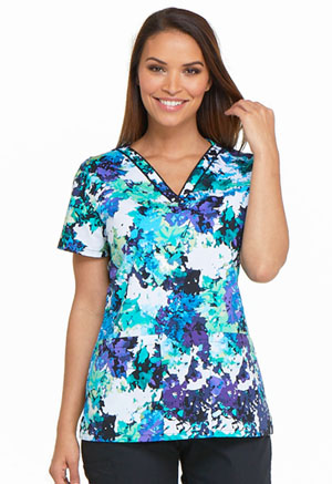 Dickies Prints V-Neck Top in Take It Or Leaf It (DK709-TALF)