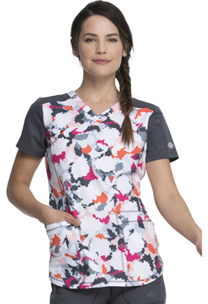 Dickies Prints V-Neck Top in Fast Forward Floral (DK732-FAWF)