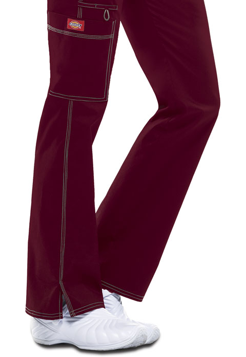 Dickies Gen Flex Low Rise Straight Leg Drawstring Pant in D-Wine