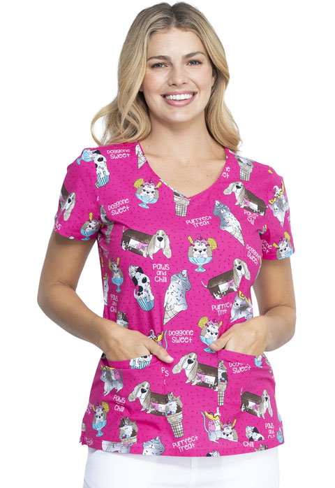 Dickies Dickies Prints V-Neck Top in Doggone Sweet