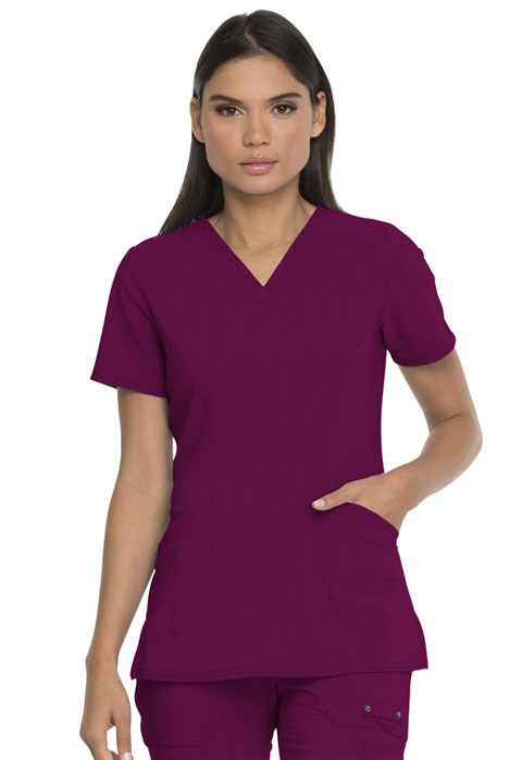Dickies Advance V-Neck Top With Patch Pockets in Wine